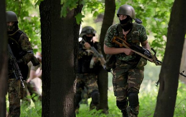 В ходе антитеррористической операции погибли три бойца Нацгвардии - МВД