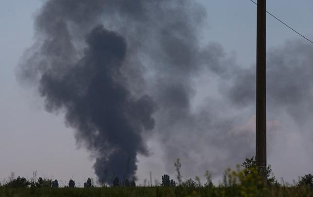 Порошенко выразил соболезнования семьям погибших в результате обстрела вертолета под Славянском