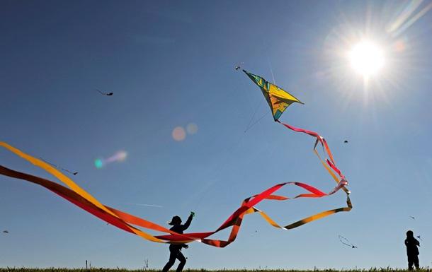Парусная регата и воздушные змеи. Как развлечься в Киеве на День города