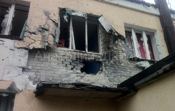 В Славянске вновь разбомбили здание детского приюта