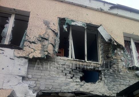 Эксклюзивные фото разбомбленного детского приюта (Славянск)