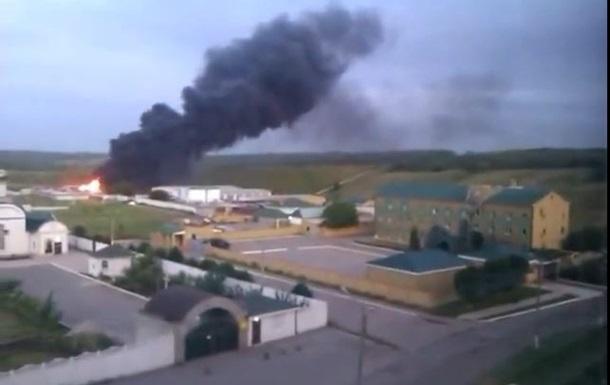 В Луганске продолжается штурм погранотряда, разрушены КПП и несколько зданий