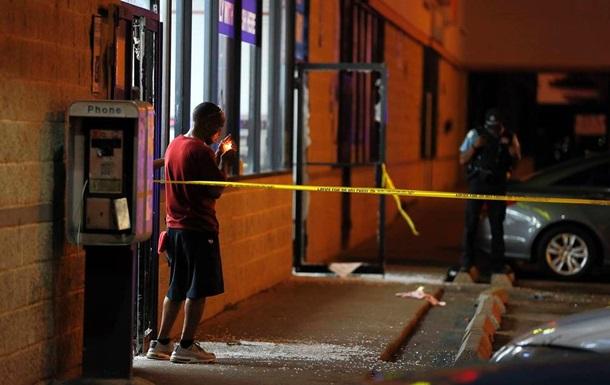 В результате стрельбы в прачечной Чикаго пострадали семь человек