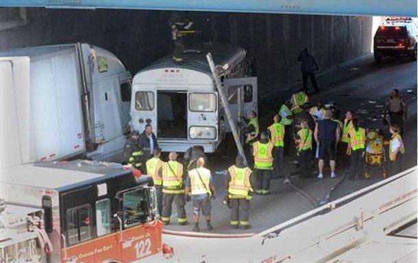 ДТП в Чикаго: пострадали 37 человек