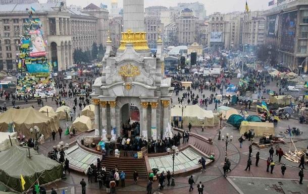 С Майдана нужно убрать все баррикады и палатки - опрос на Корреспондент.net