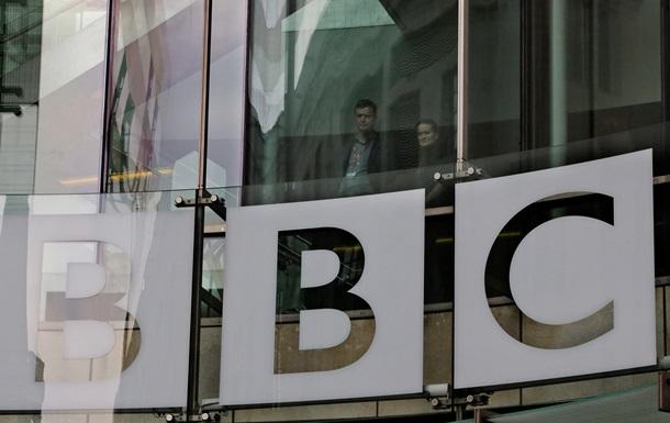BBC News планирует уволить 600 журналистов