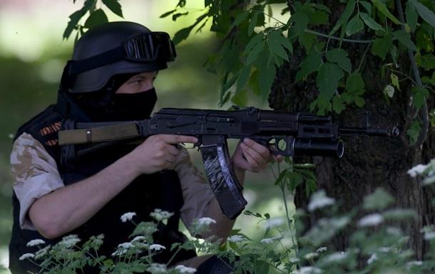 Обстрел блокпоста под Славянском: убит украинский военный