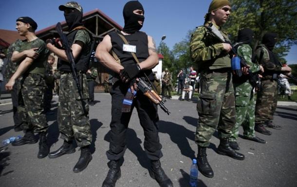 В Снежном боевики установили пулемет и зенитное орудие - Ляшко
