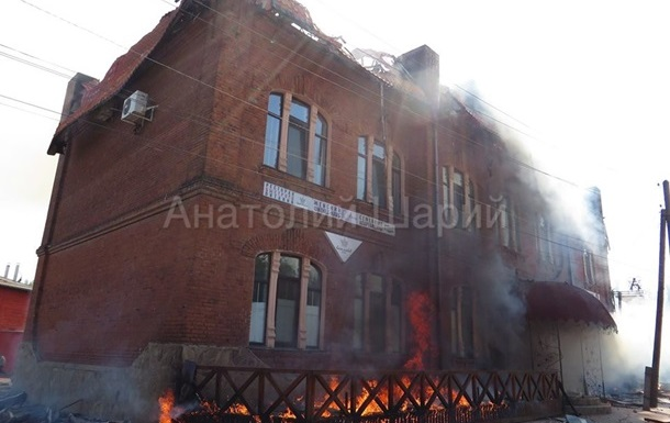 В штабе АТО уверяют, что не стреляют по жилым кварталам Славянска