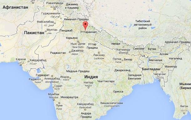 Индия: в аварии автобуса погибли 13 россиян - СМИ