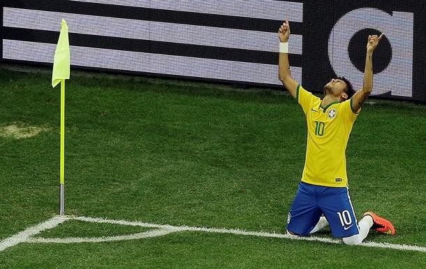 Бразилия начала домашний чемпионат мира с непростой победы