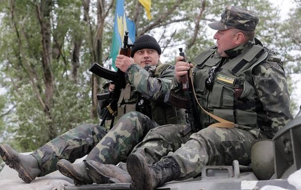 В боях на Донбассе уничтожена военная техника сепаратистов, четыре бойца АТО погибли – Тымчук