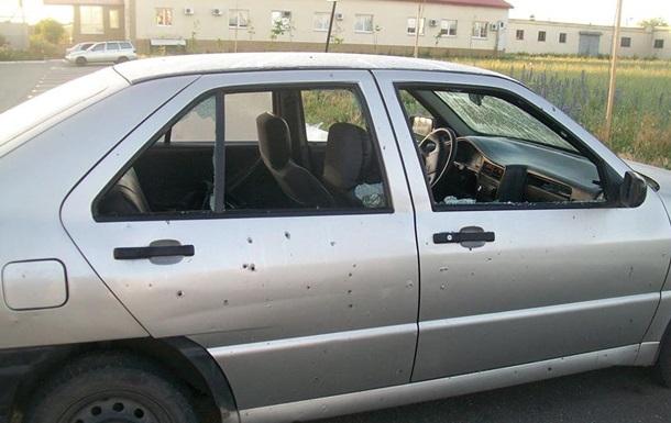 В Луганске неизвестные напали на автостоянку ГАИ