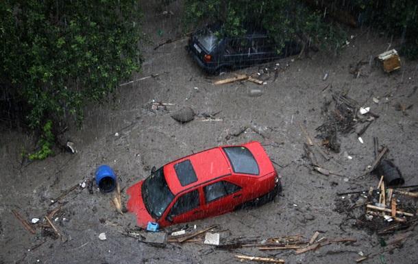 В Болгарии из-за проливных дождей погибли люди