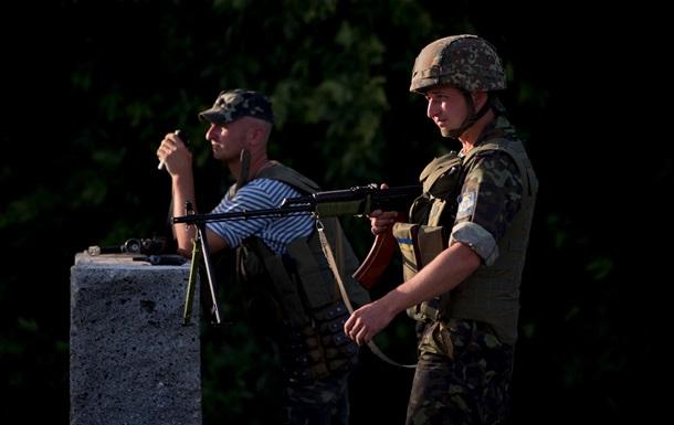В Луганской области в ходе ночных столкновений ранен пограничник