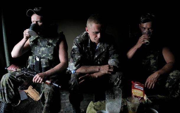 Десять военных освободили из плена в течение недели - Минобороны