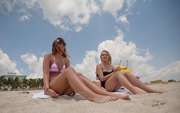 Солнечные ванны и солярий вызывают привыкание, как наркотики - ученые