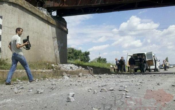 Из-за взрыва моста в Запорожской области изменен маршрут трех поездов