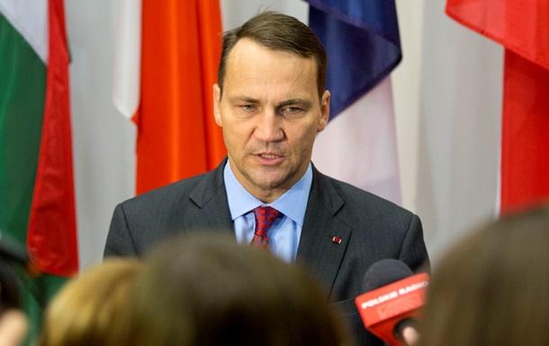 По стопам Дещицы. Глава МИД Польши нецензурно высказался о политике премьера Британии