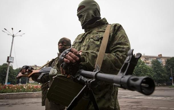 Солдаты Нацгвардии мужественно отражают третий штурм воинской части в Донецке - Цензор.НЕТ 8385