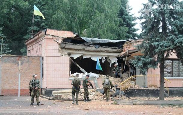 В Артемовске из танка обстреляли военную базу