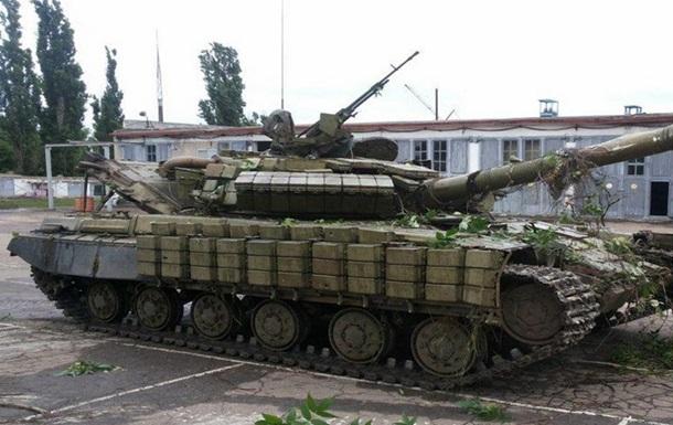Захваченный в Артемовске танк сепаратистов оказался российским - Минобороны