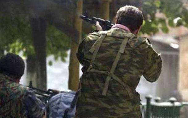 В Донецке захватили воинскую часть и химзавод
