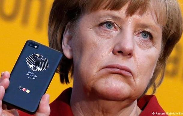 Новый криптотелефон Меркель не гарантирован от прослушки - СМИ