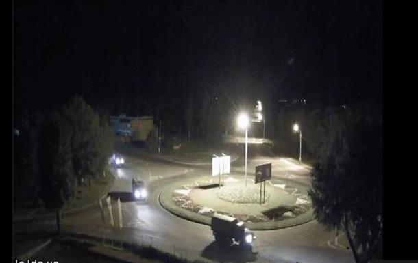 В Луганск ночью въехала колонна военной техники - СМИ
