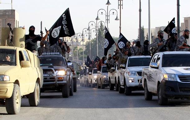 Террористы из  халифата  Ирака устроили парад в честь джихада
