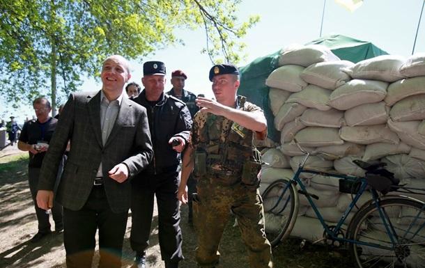 Введение военного положения навредит АТО - Парубий