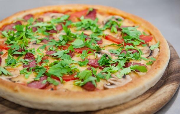 Пицца «Баварская»: рецепт от повара