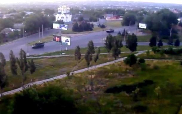 В Луганск въехала колонна военной техники  – СМИ