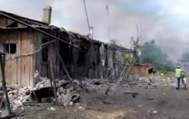 Обстрел Станицы Луганской: погибли девять человек, среди них - ребенок
