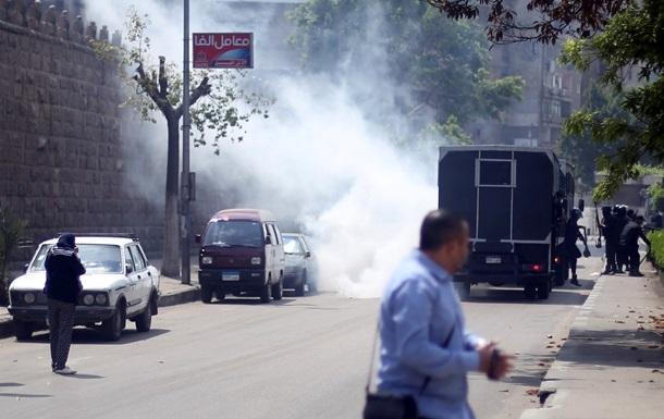 В годовщину отстранения Мурси в Каире прозвучали несколько взрывов