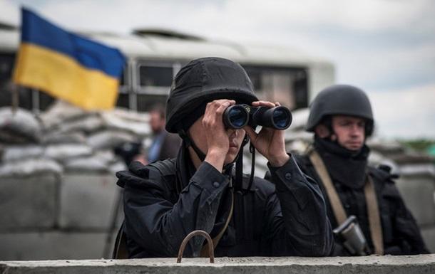 В Минобороны сообщают, что позиции АТО ночью атаковали танками и Градами