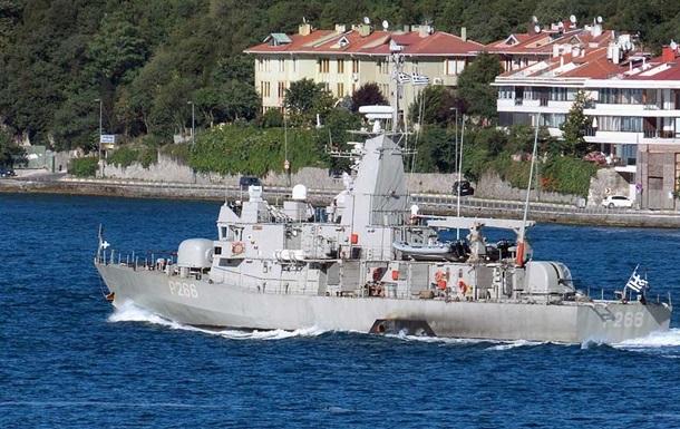 В Черном море начали военно-морские учения боевые корабли НАТО