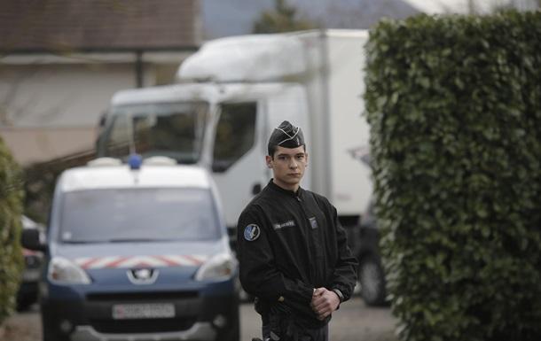 Во Франции мать школьника зарезала учительницу прямо на глазах у детей