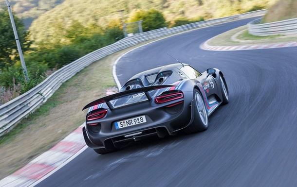 Новый спорткар Porsche может получить двигатель с четырьмя турбинами