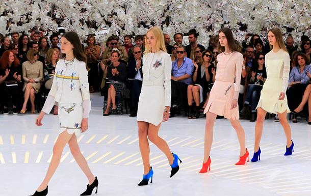 Тонкая работа. Dior представил новую коллекцию от кутюр в Париже