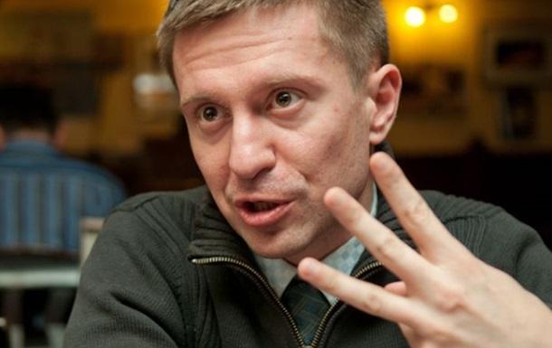 Министр обороны назначил своим советником активиста Данилюка