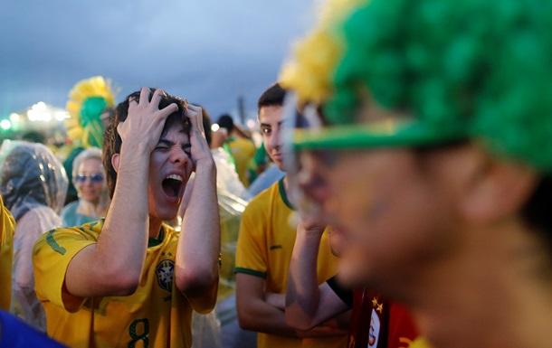 Беспорядки в Бразилии: сожжены несколько автобусов и легковых автомобилей