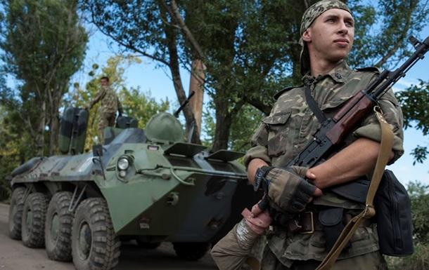 За сутки сепаратисты шесть раз обстреляли блокпосты силовиков