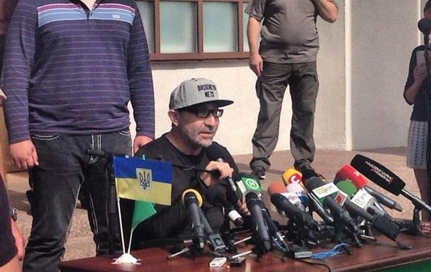 Кернес перенес еще две операции и возвращается в Харьков
