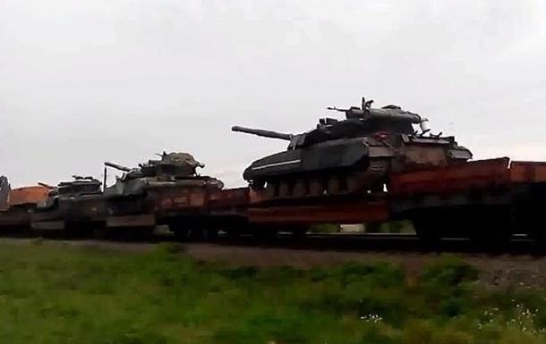 Из Сум на Донбасс отправился поезд с танками