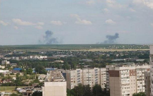 В Луганске слышны выстрелы, перекрыта одна из улиц