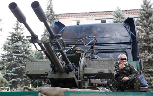Итоги 10 июля: ДНР ввела в Донецке военное положение, Яценюк анонсировал масштабную приватизацию