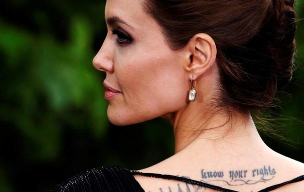 Анджелина Джоли подала в суд за  героиновое  видео