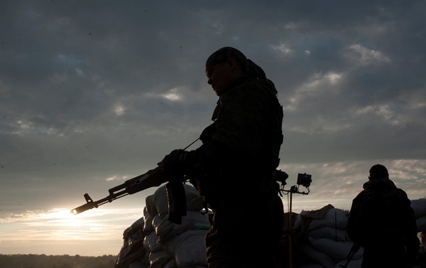 Ночью под Донецком шли бои с применением тяжелой артиллерии