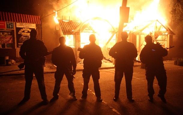 Неизвестные похитили с нефтебазы 50 тонн горючего в Макеевке Донецкой области